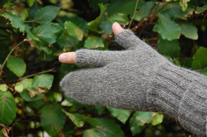 Rifleman's gloves 2014-09-30 003