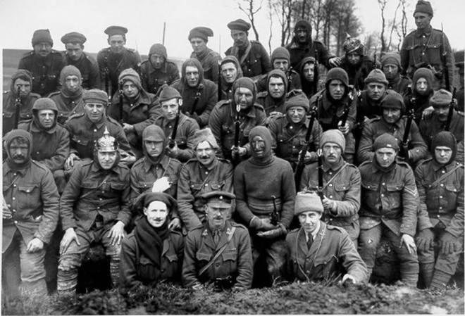 Trench raiders of the 18th Kings Liverpool at Wailly, Arras April 18, 1916.